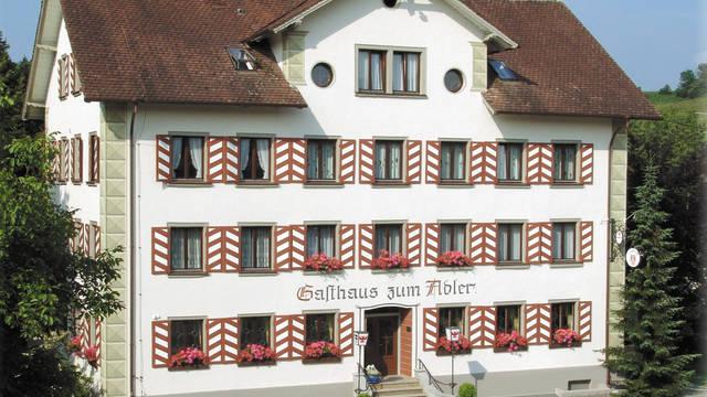Vooraanzicht Landhotel Adler