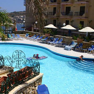 Zwembad Hotel Porto Azzurro