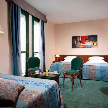 Kamer Hotel Raffaelo