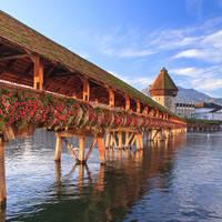 11 daagse autorondreis Zwitserse bergtoppen het Meer van Luzern