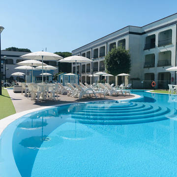 Zwembad 2 Michelangelo Family Resort