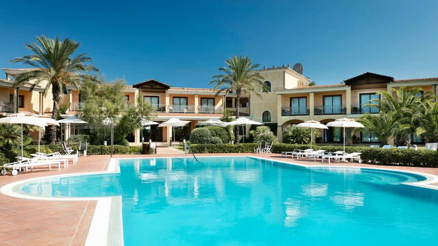 Zwembad Hotel Santa Gilla