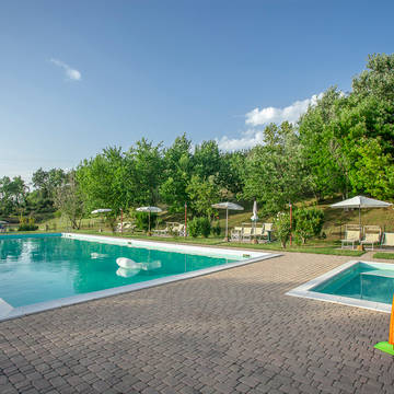 Zwembad Appartementen Tenuta Moriano