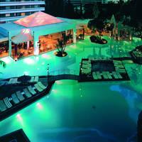 Dionysos - Zwembad