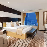 Online bestellen: Carlton Downtown Hotel