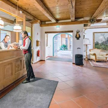 Receptie Novum Alpenhotel Bayerischer Hof