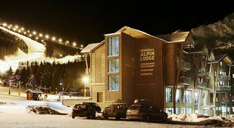 ALpin Lodge avondopname