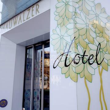 Entree Hotel Donauwalzer