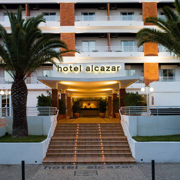 entree Hotel Alcazar beach & spa