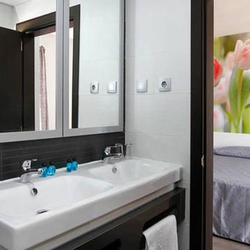 Voorbeeld badkamer Hotel Amaraigua - Adults only