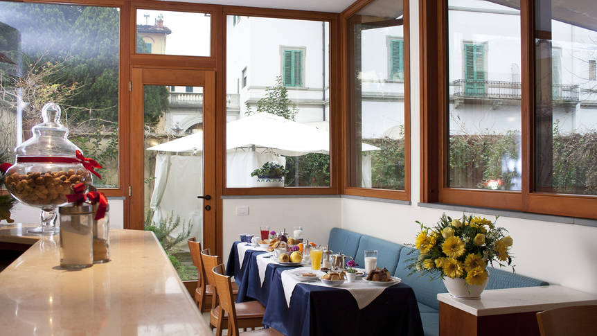 Ontbijtruimte Hotel Bonifacio