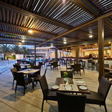 À la carte restaurant Minos Hotel