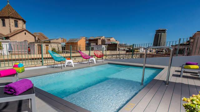Zwembad Hotel Leonardo Las Ramblas
