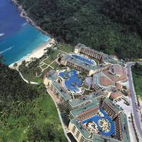 Merlin Beach Resort