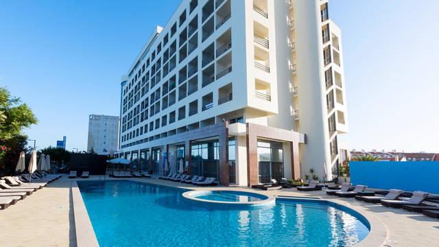 Zwembad Hotel Tryp Lisboa Caparica Mar