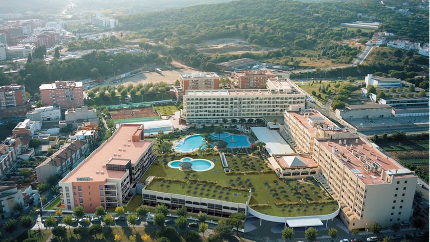 Luchtfoto resort Hotel Evenia Olympic Palace