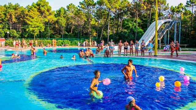 Zwembad Bella Italia EFA Village