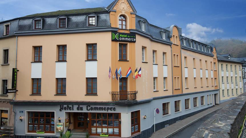 Voorzijde hotel Hotel du Commerce
