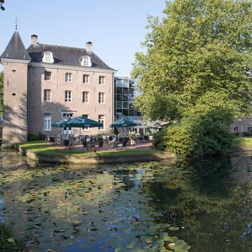Buitenaanzicht Hotel Bilderberg Château Holtmühle