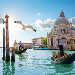San Marco plein ligt op ca. 20 minuten van hotel Aquarius