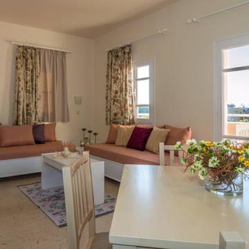 Kamer Manolis Apartments
