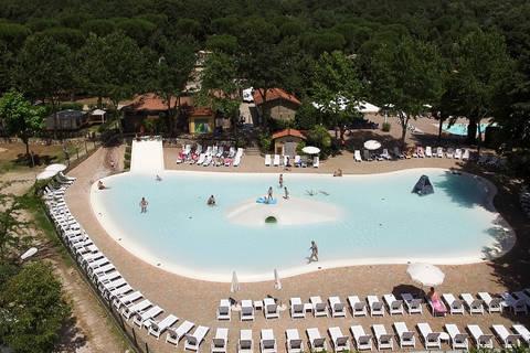 Last minute camping vakantie Lazio 🏕️Camping I Pini Family Park