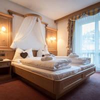Hotel Cosmea - voorbeeld kamer