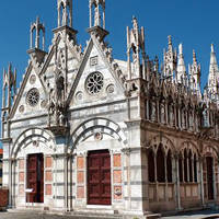 Kerk Santa Maria della Spina op ca. 10 minuten wandelen