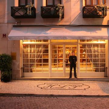Entree Hotel Lisboa Plaza