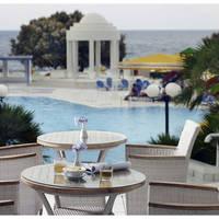 Serita Beach - Terras aan zwembad