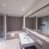 Voorbeeld badkamer 2/3/4-persoonskamer Suite