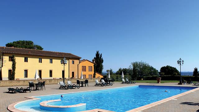 Zwembad Appartementen Il Borgo di Montereggi