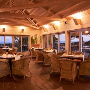 Restaurants Hotel PortoBay Falésia