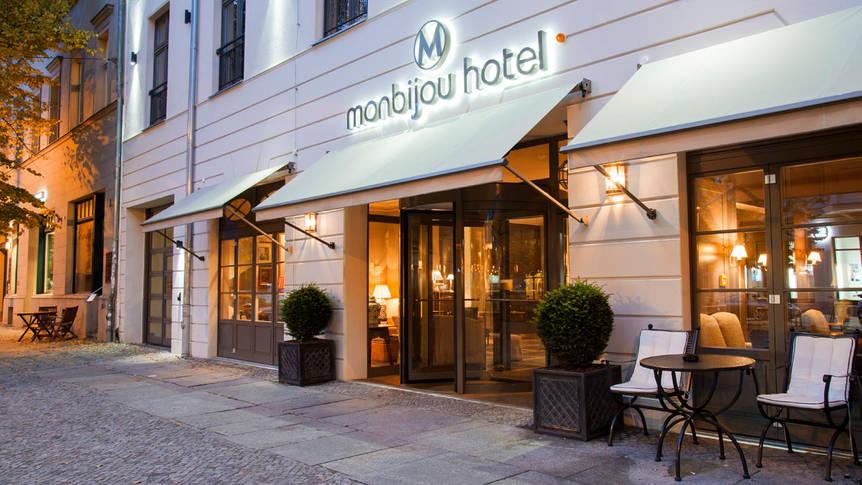 Voorzijde Hotel Monbijou