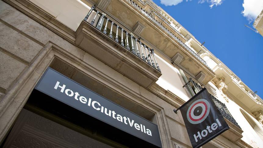 Voorzijde Hotel Ciutat Vella