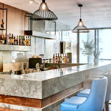 Bar The District Hotel
