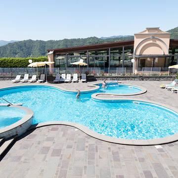Zwembad10 Appartementen Antico Borgo I Cancelli