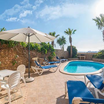 Voorbeeld zwembad Gozo Village Farmhouses