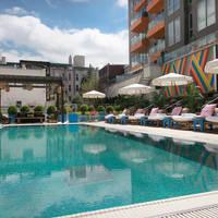 Mc Carren Hotel en Pool