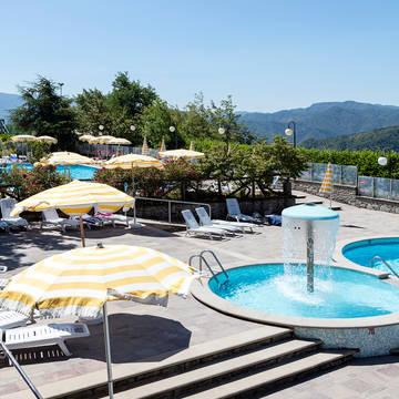 Zwembad11 Appartementen Antico Borgo I Cancelli