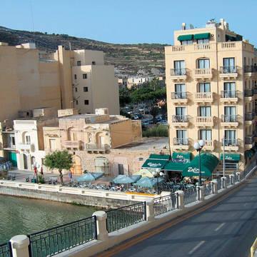 Voorkant Hotel San Andrea