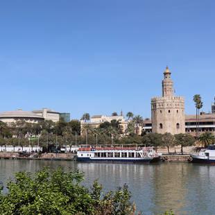Torre del Oro vanuit Triana- Sevilla