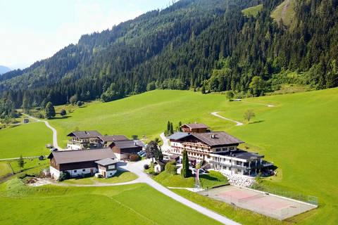 Goedkope autovakantie Salzburgerland 🚗️Natur & Familienhotel der Stieglerhof