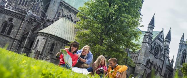 Trondheim Nidarosdom -  Foto: CH Visit Norway