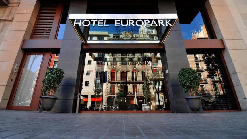 Voorzijde Hotel Europark