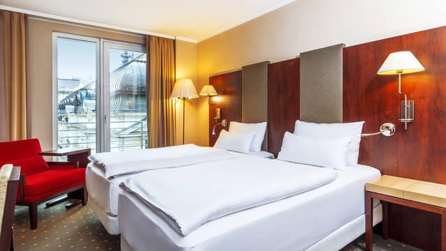 Kamer Hotel NH Budapest City