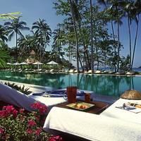 Amari Emerals Cover Resort_KCH_pool_2010