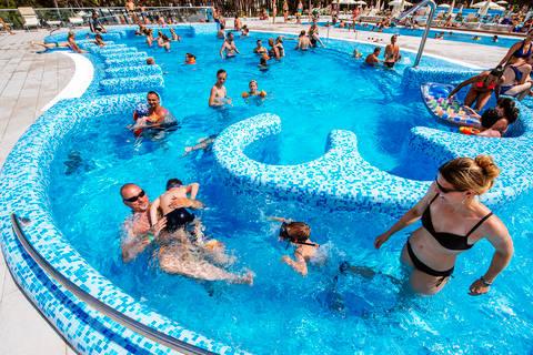 Last minute camping Dalmatië 🏕️Camping Zaton Holiday Resort