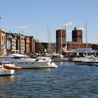 Oslo Aker Brygge en bootjes