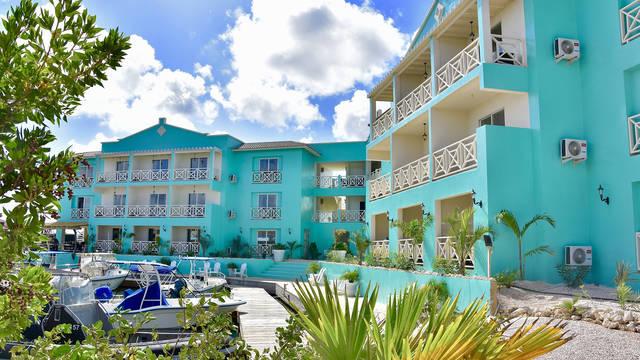 Buitenaanzicht Ocean Breeze Boutique hotel